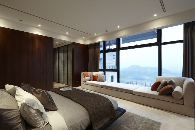 Penthouse in Shenzhen by Kokaistudios