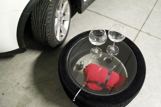 Tire tables by Tavomatico